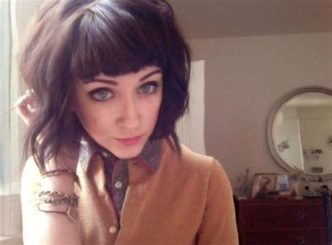 chin length textured hairstyles around chin length razored textured bob with side swept