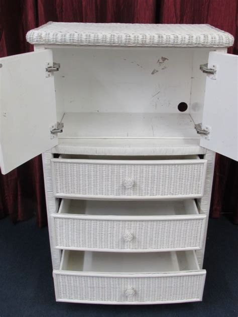 White Wicker Armoire by Lot Detail White Wicker Armoire 33 5 Quot X 50 Quot