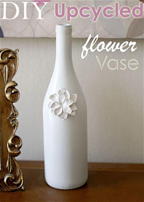 Diy Bottle Vase by Diy Upcycled Glass Flower Vases Busy