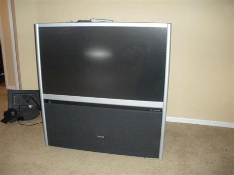 Tv Proyektor Toshiba toshiba 51 inch widescreen hd compatible projection in