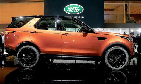 land rover wants new 7 seat discovery to conquest luxury suvs