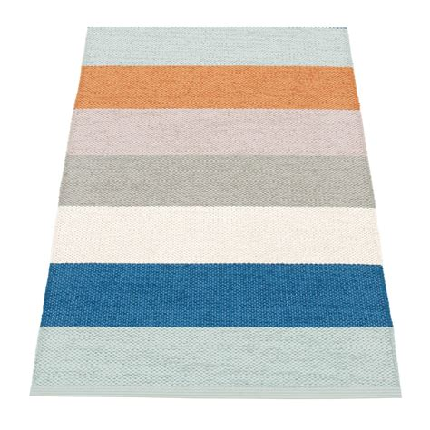 Plastic Rugs For Outdoors Molly Plastic Rug 100x70cm Pappelina Outdoor Rugs Outdoor Ambientedirect