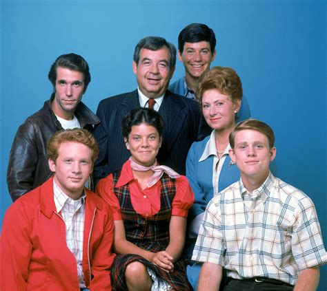 from happy days the cunningham family and cast of happy days hd