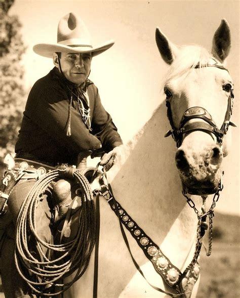 cowboy film makes hero a poser les 236 meilleures images du tableau buck jones sur