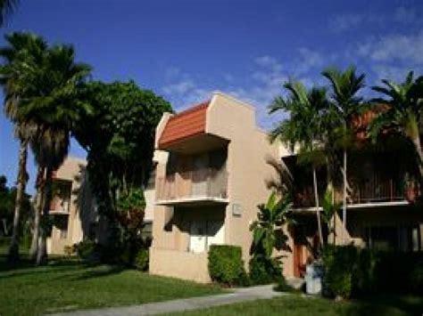 nob hill west apartments miami for sale nob hill apartment rentals apartments kendall fl walk score