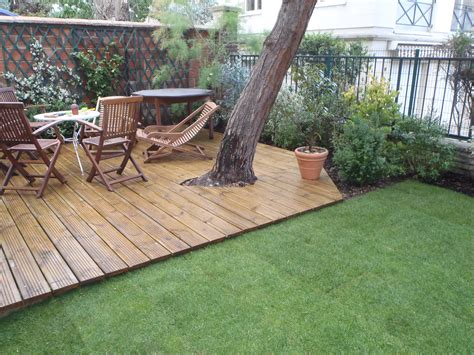 terrasse de jardin en bois terrasse bois envers du jardin