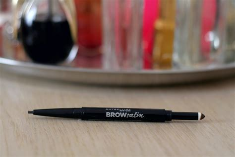 Maybelline Eyebrow Powder maybelline brow satin smoothing duo brow pencil filling