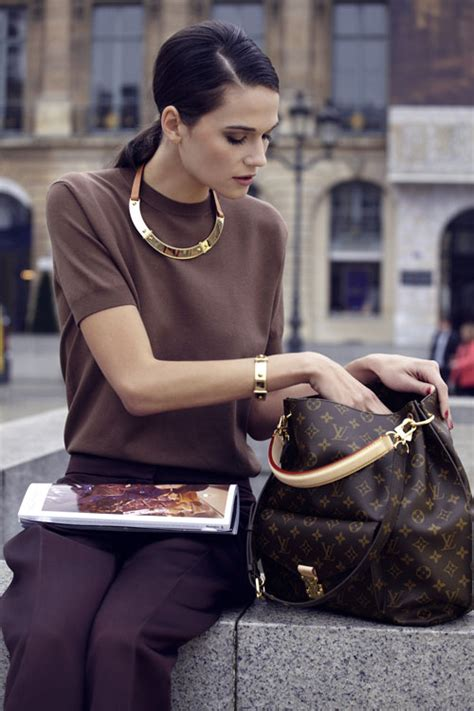 el bolso metis de louis vuitton ideal  los outfits diarios