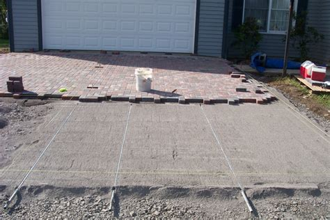 How To Put In A Paver Patio Paver Driveway 4 Level Green Landscaping And Design
