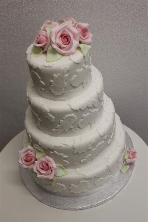 Kleine Hochzeitstorte by Hochzeitstorte Die Hochzeitsmacher