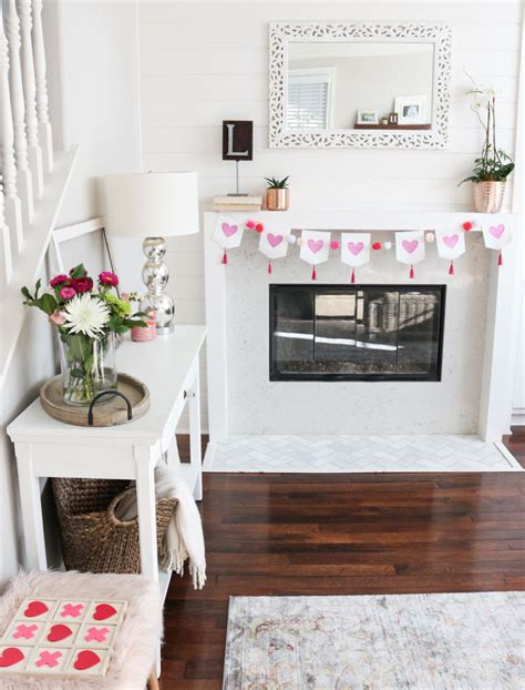 modern and simple s day decor