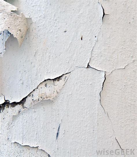 What Causes Ceiling Cracks by What Causes Ceiling Cracks With Pictures