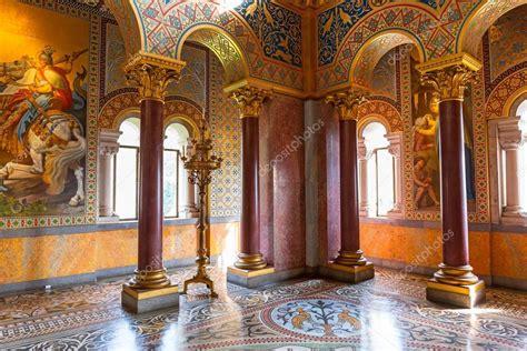 neuschwanstein interni interior do castelo neuschwanstein na alemanha
