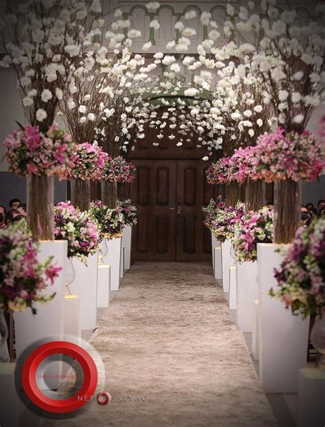 Wedding Aisle Flower Decorations by Wedding Aisle Decorated With Pink And White Flowers