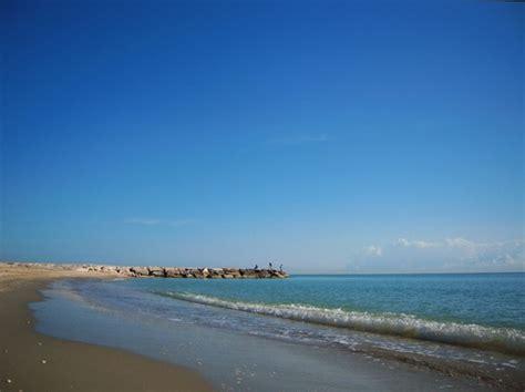 meteo porto s elpidio foto la spiaggia a porto sant elpidio 550x411 autore