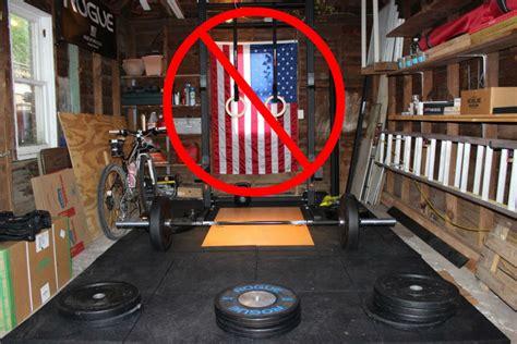 garage gym flags