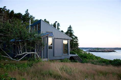 Small Home Design Maine Sustainable Porter Cottage In Maine