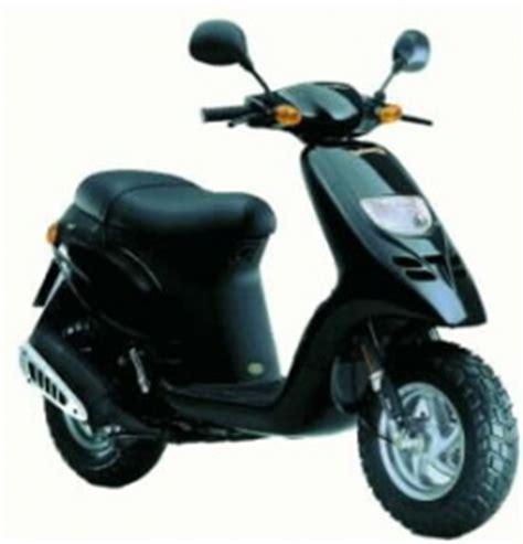 Schnellstes 2 Takt Motorrad by Piaggio Tph 125 2 Takt Motorrad Bild Idee