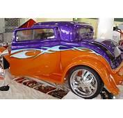 Airbrushing Custom Graphics Car
