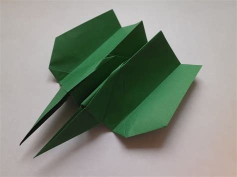 How To Make The Hawkeye Paper Airplane - paper planes origami how to make a paper airplane hawkeye