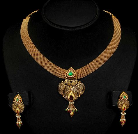 Gold Necklace with Mesh Chain   Jewellery Designs