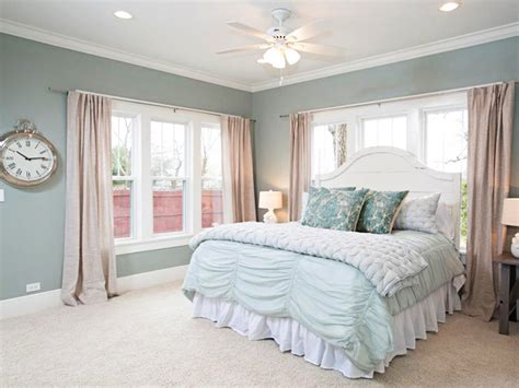 sherwin williams paint colors for bedrooms fixer upper paint colors joanna s 5 favorites the