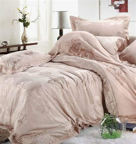 Silver And Gold Bedding Sets Luxury White Silver Gold Silk Satin Bedspreads Embroidered Bed In A Bag Jacquard Comforter Sets