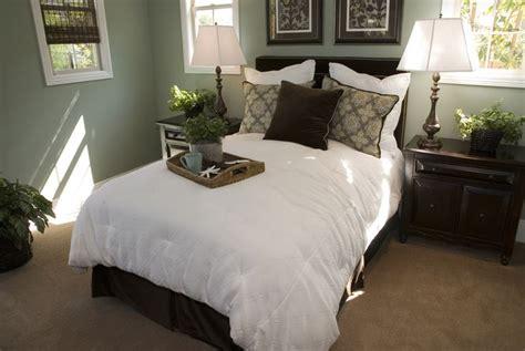 dark brown carpet bedroom best 25 dark brown carpet ideas on pinterest brown