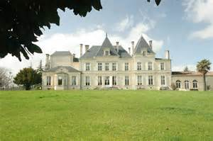country chateau classic french chateaux r0162 classic country chateau for sale lot et garonne