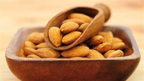 Minyak Kacang Almond manfaat kacang almond yang belum kamu ketahui kabar