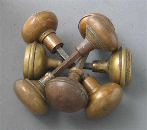 Vintage Door Knobs Cheap by 25 Best Ideas About Bronze Door Knobs On