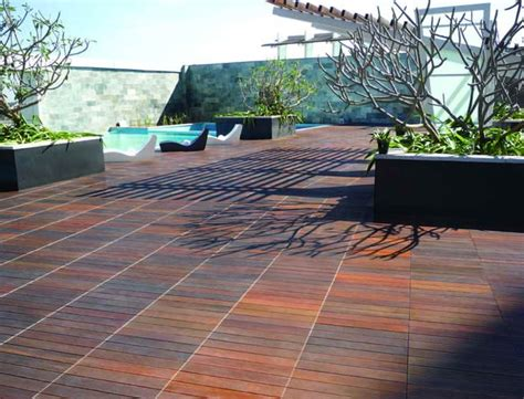 Deck Floor Covering by Deck Floor Covering Options Home Design Ideas