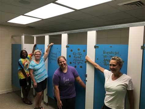 teacher bathroom alabama teachers pull off inspiring bathroom remodel for