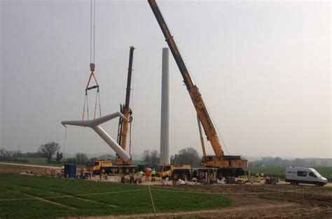 pylon design competition national grid balfour beatty erects first t pylons construction enquirer