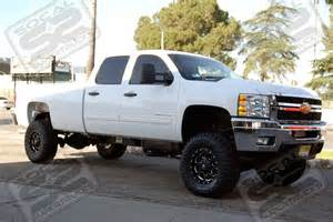 2014 chevy silverado 2500hd pearl white with lift kit