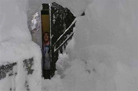 web capracotta neve a capracotta si scavano cunicoli e si esce dalle