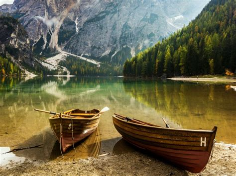 boats nature lake mountain hd wallpaper