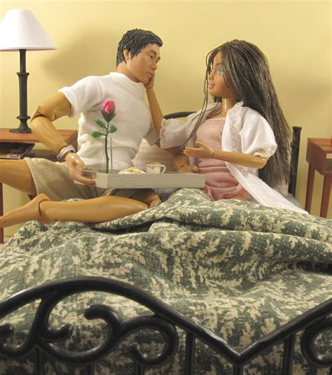 Things To Do With Your In Bed by 6 Things To Do With Your Boyfriend At Home On Valentine S Day