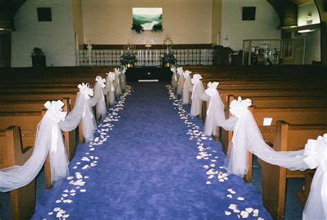 Wedding Aisle With Tables by Wedding Decoration For Church Aisles Image Collections