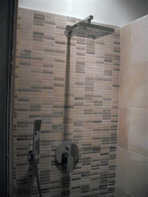 immagini di docce foto doccia in mosaico di gieffe restauri 41563