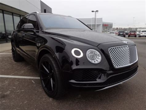 bentley bentayga interior black sjaac2zv3hc014346 2017 bentley bentayga black