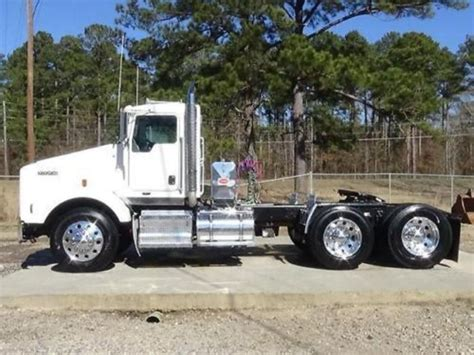 2011 Kenworth T800 Conventional Trucks For Sale Used