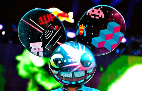 deadmau5 debuts new stage and music at sydney future music