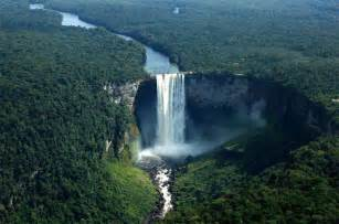 waterfalls in the world 15 tallest waterfalls in the world randomlynew