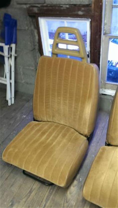 sell  front bucket seats  volvo  wagon