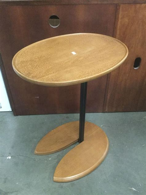 stressless recliner side table je ekornes stressless swivel recliner ottoman and side tab