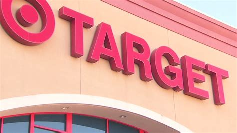 target hacks target credit card hack what you need to dec 22 2013
