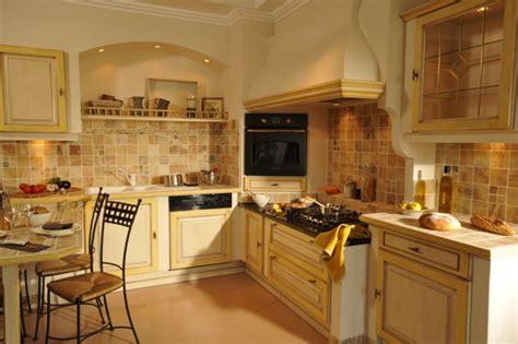 cuisine traditionnelle fran軋ise pose de salle de bain avec 224 l italienne var 83