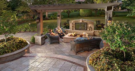 patio design ideas  concrete pavers  big backyard