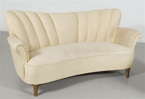 deco couch curved fluted sofa d153